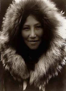 beautiful-eskimo-girl